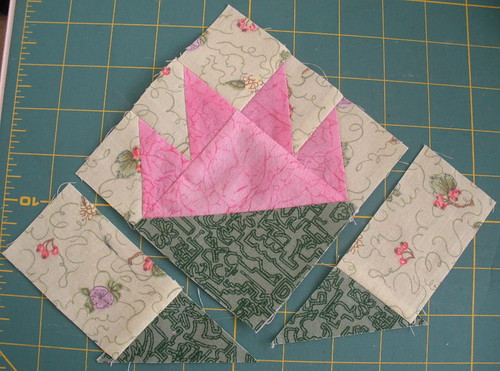 Join POT small triangles to BACKGROUND rectangles