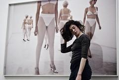 .. ( Bastiart  Paolo B-astia) Tags: vanessa mambo danza bologna 2009 beecroft mondiale giornata explored vanessabeecroft gmd09
