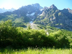 Monte Bianco e Dora viste a partire dalla baita del CAI Cameri,Novara (Drac Russ) Tags: club river dora cai alpi mont bianco blanc italiano baita alpino riparia massiccio