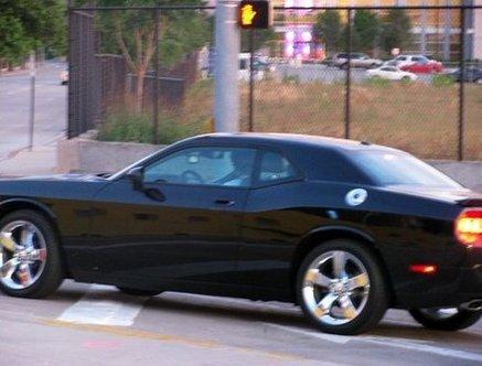nick-jonas-car (2)-thumb-437x332