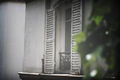 solitude (Ragazza*) Tags: paris montmartre sacrecoeur placedutertre