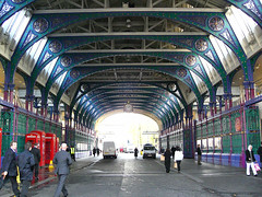 Smithfield Market (Yersinia) Tags: city public geotagged safe smithfield cityoflondon faved smithfieldmarket londonset londonbylondoners ccnc photographical yersinia londonpool casioexz110 northofthames londonthesquaremile cityset smithfieldpool londonboroughcollection