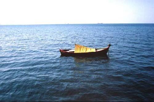 Barco na Baía de Thessalonikis