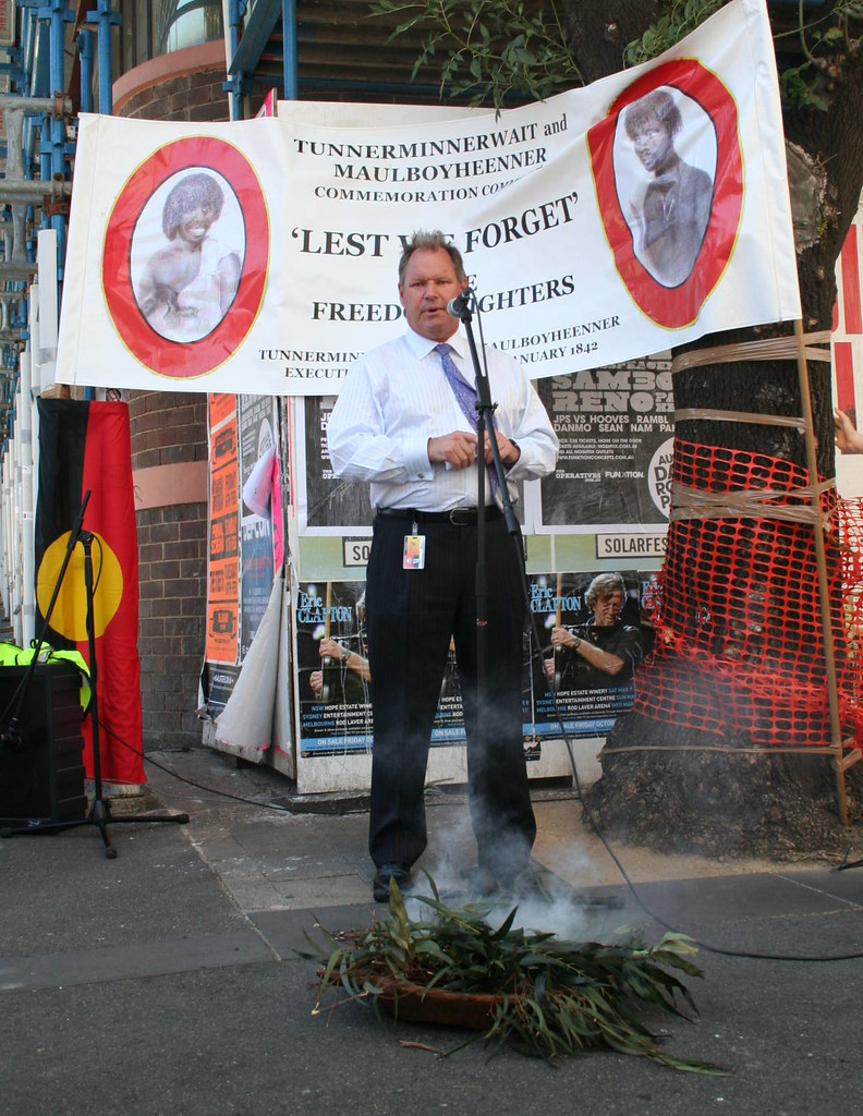 Melbourne Lord Mayor Robert Doyle at 2009 commemoration