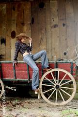 Resgatando do Ba (Henrique Oliver) Tags: cores modelos curitiba carro cowgirl panning movimentos ensaios xti henriqueoliveira