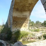 2005-09-17 10-01 Provence 221 Pont Julien thumbnail