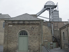 Woodhorn Colliery; Upcast Shaft - Heapstead and Fan House. (Durhampitladdie) Tags: house man history industry up museum fan mine air gear pit riding northumberland cast winding winder coal northern gears shaft woodhorn ashington supply blyth colliery headstock headgear heapstead