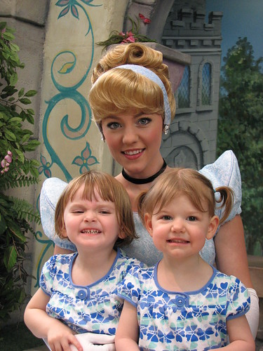 Disneyland 4-09_053