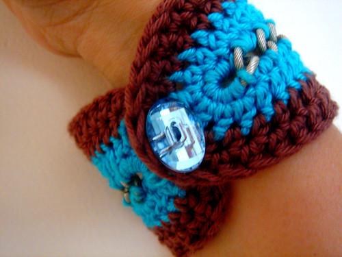 Crochet Beaded Bracelet   AllFreeCrochet.com
