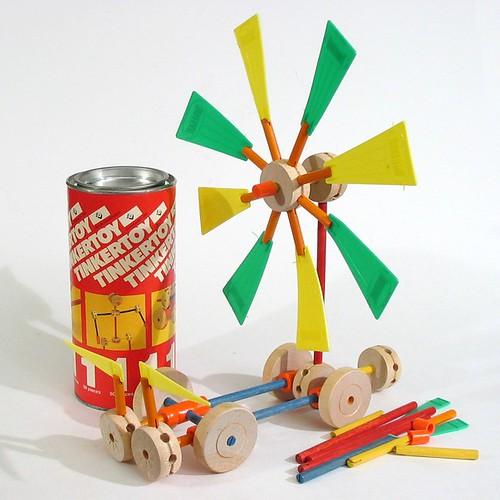 Tinkertoys Windmill by Irwin - Fun Vintage construction