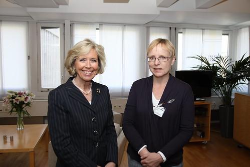 Helse- og omsorgsminister Anne-Grete Strøm-Erichsen og Kari Paulsrud