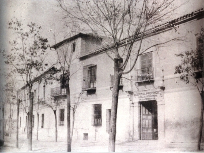 Hospital de la Misericordia en la Plaza de Padilla de Toledo a inicios del siglo XX