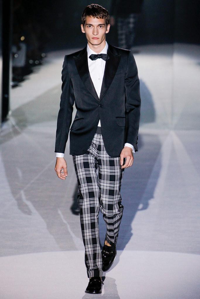 SS12 Milan Gucci033_Matvey Lykov(VOGUEcom)