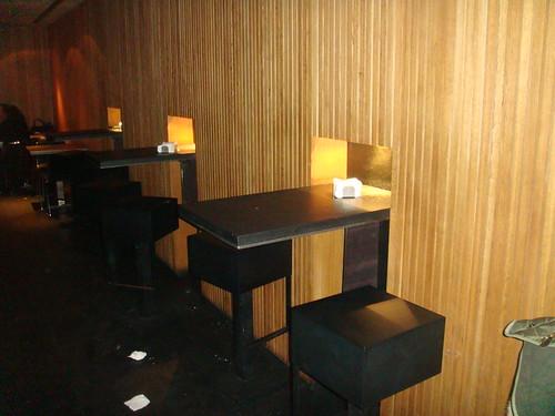 Mesas altas de la barra de la planta inferior