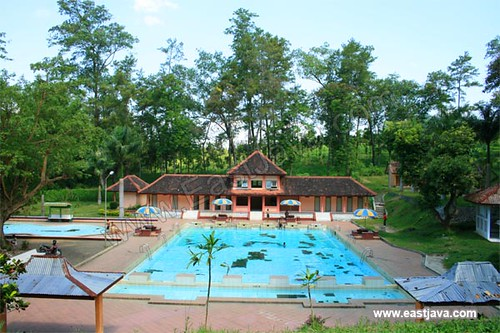 Tasnan Swimming Pool Bondowoso