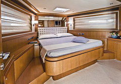 Long Range 23 - Vip cabin (mochicraft-yacht) Tags: sea italy expedition boat italian long barca mare sailing yacht craft 23 mochi range zero luxury navigation emission megayacht lusso zeroemission longrange navigazione mochicraft longrange23