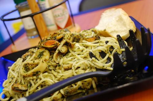 Nut Pesto With Seafood 2