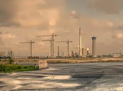 Coal Fired Power Plant Electrabel (perspective-OL) Tags: plant france power saxony gas killer lower coal gdf climate hdr wilhelmshaven niedersachsen eon suez electrabel klimawandel kohlekraftwerk fiesland kohlendioxid klimakatastrophe schlicktown