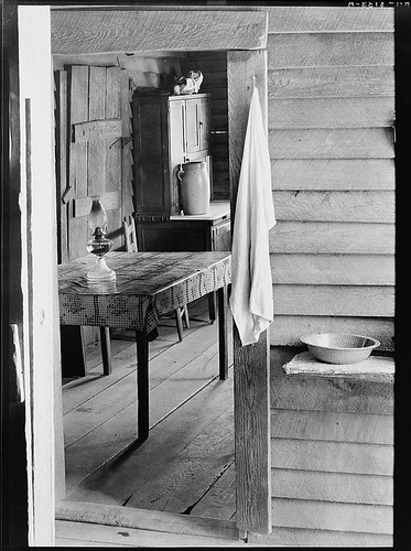 Washstand in the dog run and kitchen of Floyd Burroughs' cabin. Hale County, Alabama (LOC)