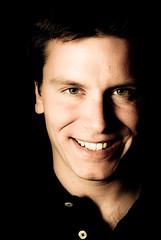 Enjoy (bogob.photography) Tags: portrait man smile self myself 50mm nikon paolo flash explore uomo enjoy autoritratto bjork sorriso narcisist nikkor f18 ritratto narciso onexplore afd explored d80 strobist bogob1980 bogob