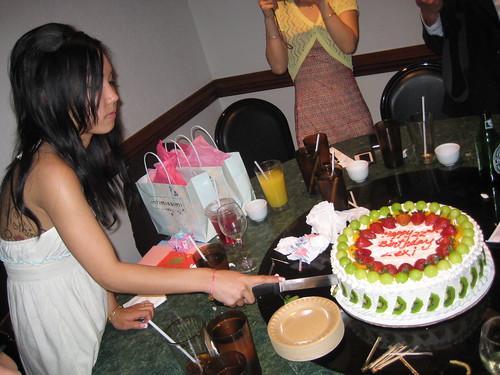 Lexi cutting her birthday cake