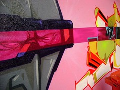 pink-detail (BR > FBC !) Tags: rio flesh de graffiti janeiro beck crew