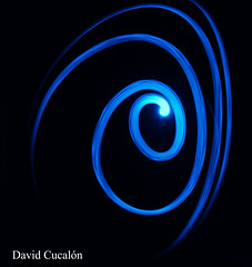 Blue Light (David Cucaln) Tags: light luz effects efectos cucalon davidcucalon