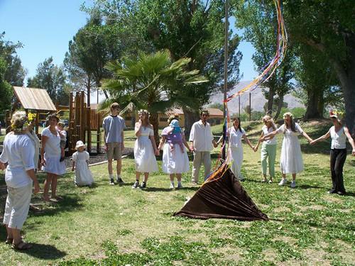 learning the maypole dance big