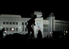 Pyongyang by night - North Korea (Eric Lafforgue) Tags: night war asia stadium korea asie coree nuit northkorea dprk coreadelnorte nordkorea 6351    coreadelnord   insidenorthkorea  rpdc  kimjongun coreiadonorte