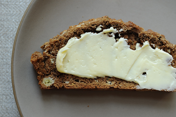 Garlic, Parmesan and Herb Beer Bread