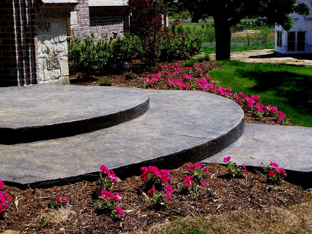The world 39 s best photos by landscape design dallas for Garden design landscaping dallas tx
