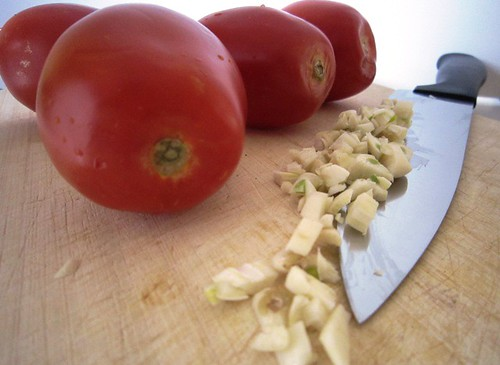 Chopping garlic, take two