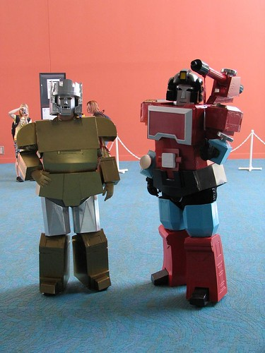 Emirate Xaaron and Perceptor at Botcon 2008