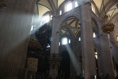 3 rayos de Luz (FotoTanke) Tags: luz mexico df catedral iglesia