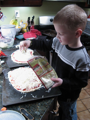 Lucas makes us pizza