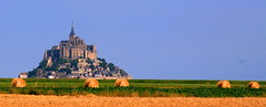 Mont Saint Michel  France (kees straver (will be back online soon friends)) Tags: street travel bridge blue houses sky panorama paris france building green tower castle art beach church abbey seine museum architecture river landscape island sand europe cathedral bretagne normandie frankrijk hay michel normandy francia mont eglise montsaintmichel normandia haybales actionshot mywinners anawesomeshot keesstraver