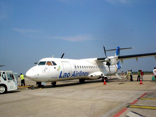 08.寮國航空的ATR-72