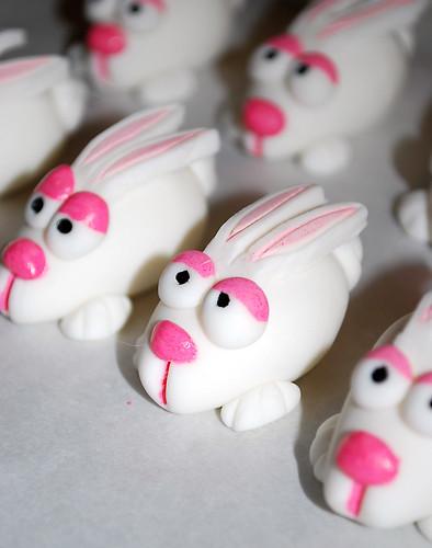 Fondant Easter Bunnys2