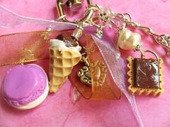 pink macaron bag charm (xtine.bijoux) Tags: pink sweet chocolate polymerclay fimo icecream macaron premo katokawaiminiature