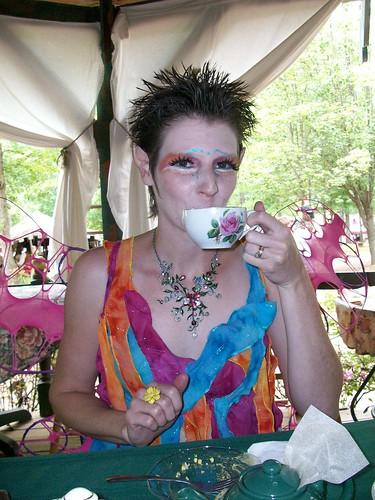 GARF 039 fairy with tea cup