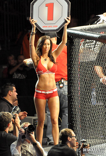 Girl hot labelle Ufc ring edith