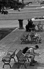 TIEMPO DE DESCANSO (RESTING TIME) (Samy Collazo) Tags: barcelona chile california plaza uk santiago england bw italy espaa white chicago newyork black paris france rome roma london portugal argentina cali canon mexico uruguay quito ecuador spain buenosaires colombia italia y puertorico bronx manhattan lisboa venezuela negro cuba bolivia pb bn caracas explore sanjuan rest asuncion panama montevideo francia cartagena medellin descanso santodomingo islamargarita blaco blackwhitephotos rebelxsi samycollazo