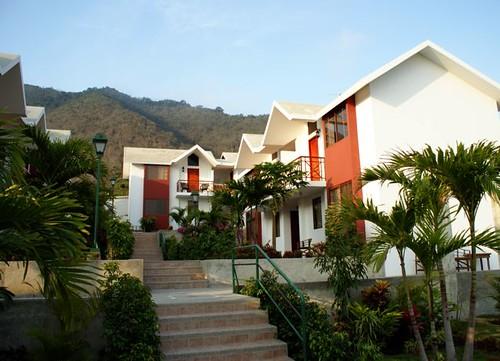Monticristi-Ecuador-hotel