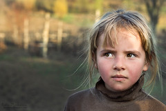 ochii tristi de catifea (moonitza) Tags: child beggar moldova copii cersit telesheu