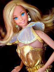 Golden Dream Barbie 1980 (Chicomttel) Tags: golden dream barbie 1980 mattel inc