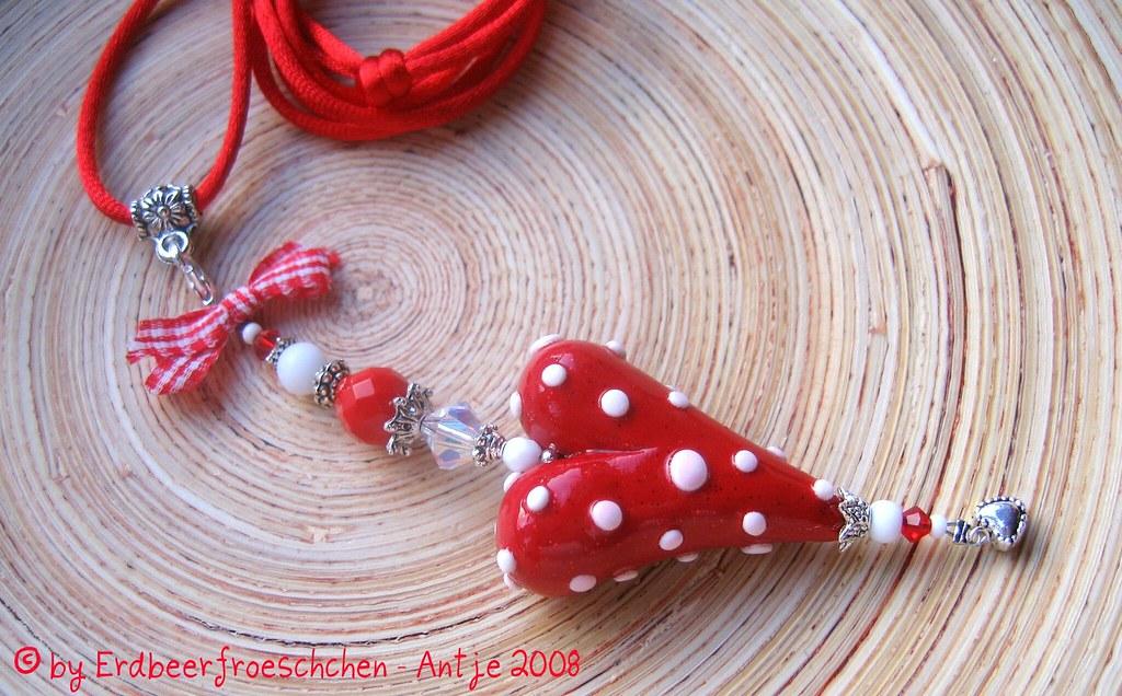 necklace / Halsbaumler