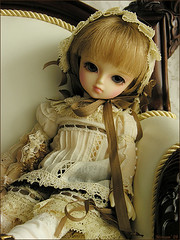 Isabella has arrived !! (MiriamBJDolls) Tags: doll sofa bjd isabella lin dolly superdollfie volks limitededition yosd musedoll rosenlied dolpa20