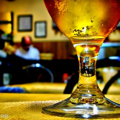 Bokeh Beer (Osvaldo_Zoom) Tags: beer glass yellow composition gold restaurant bokeh toast bubbles 500x500 flickrsbest infinestyle theunforgettablepictures winner500 fotocompetition|fotocompetitionbronze