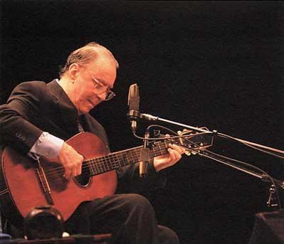 1- João Gilberto - o minimalista vocal