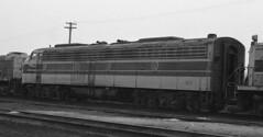 Erie Lackawanna EMD E-8 817 (old_skool_metal_head) Tags: railroad robert diesel tx  locomotive e8 emd diesellocomotive erielackawanna kodaktrixpan escue trix5063 emde8